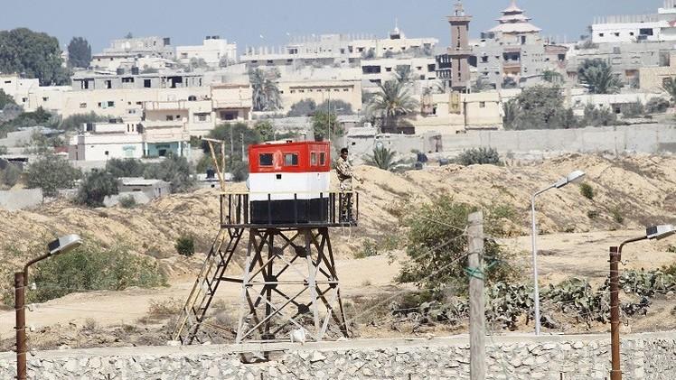السلطات المصرية تقول إنها صادرت 20 صاروخا مهربا من غزة