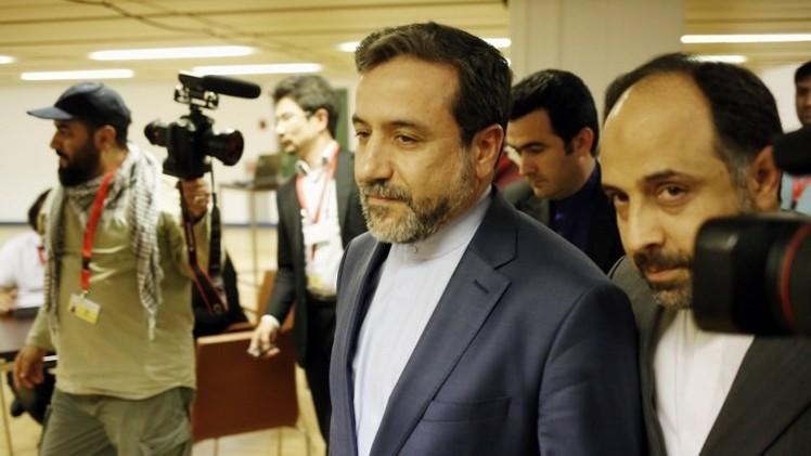 طهران: نجحنا مع السداسية بحلّ مسائل عالقة في نص الاتفاق النهائي