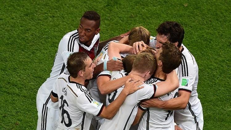 ألمانيا تنصب نفسها بطلة للمونديال وتضيف الكأس الرابعة عبر الشباك الأرجنتينية