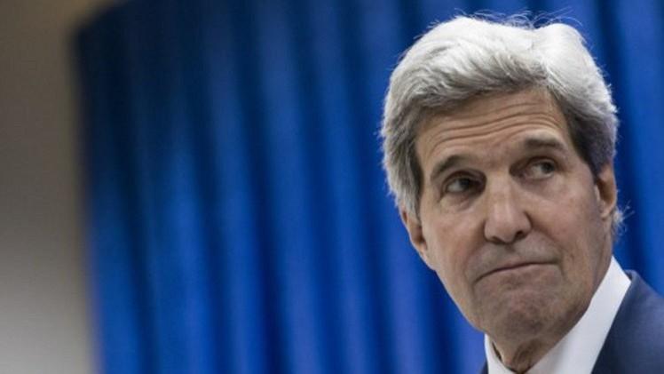 كيري يدين إطلاق الفصائل الفلسطينية الصواريخ بعد قبول إسرائيل المبادرة المصرية