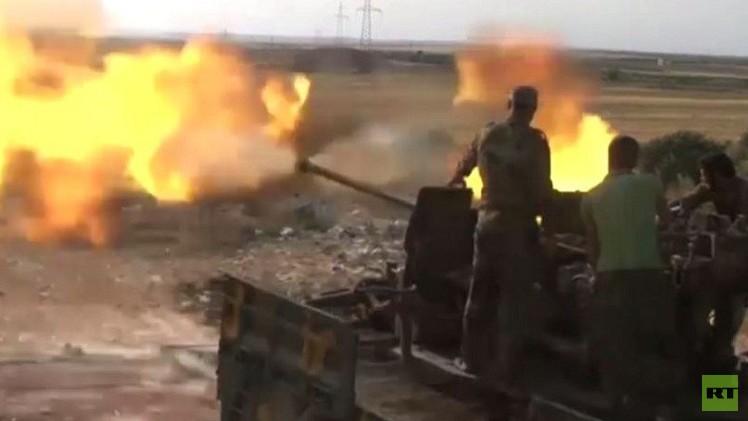 مقاتلون تابعون للمعارضة السورية المسلحة في مدينة حلب - أرشيف