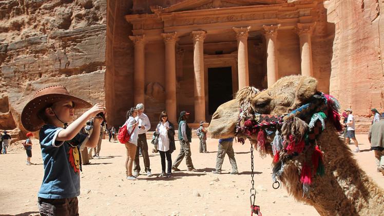 ارتفاع إيرادات السياحة في الأردن 14% في النصف الأول من 2014