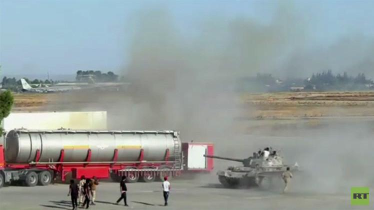 تجدد القصف الصاروخي لمطار طرابلس الدولي (فيديو)