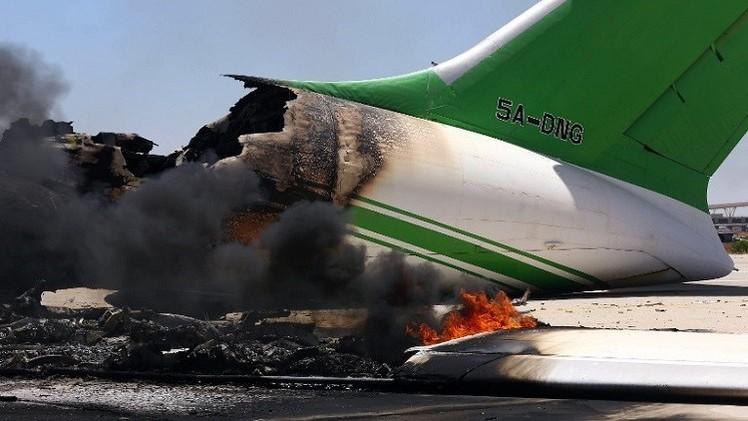 إضراب مراقبين جويين يشل حركة الطيران في ليبيا