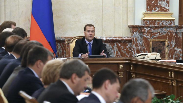 مدفيديف: لا توجد عقوبات قادرة على إلحاق ضرر فادح بالاقتصاد الروسي