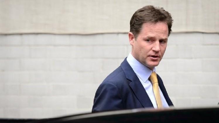 نائب رئيس الوزراء البريطاني يصف الغارات الإسرائيلية على قطاع غزة بالعقاب الجماعي