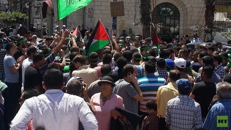 مسيرات في الضفة الغربية تضامنا مع قطاع غزة
