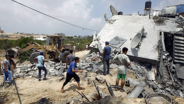 إسرائيل تنتهك هدنة مؤقتة لإخلاء ضحايا الشجاعية