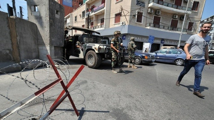 لبنان.. مقتل متهم بتزويد انتحاريين بالأحزمة الناسفة لدى محاولة اعتقاله