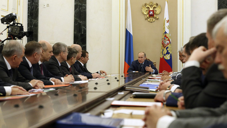 بوتين يعول على احترام مصالح روسيا وعدم التدخل في شؤونها من قبل الدول الأخرى