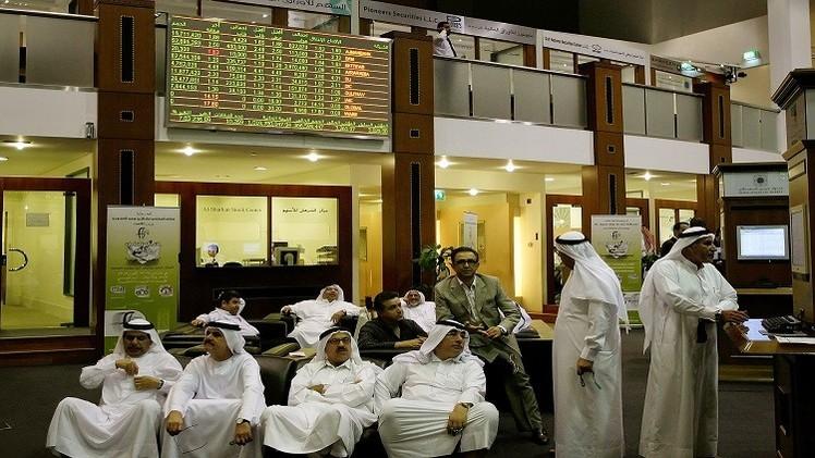 مؤشر سوق الأسهم السعودية يخترق حاجز 10 آلاف نقطة