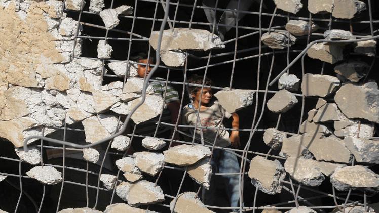 في غزة...طيران إسرائيل يخطئ هدفه دائما ليصيب الأطفال