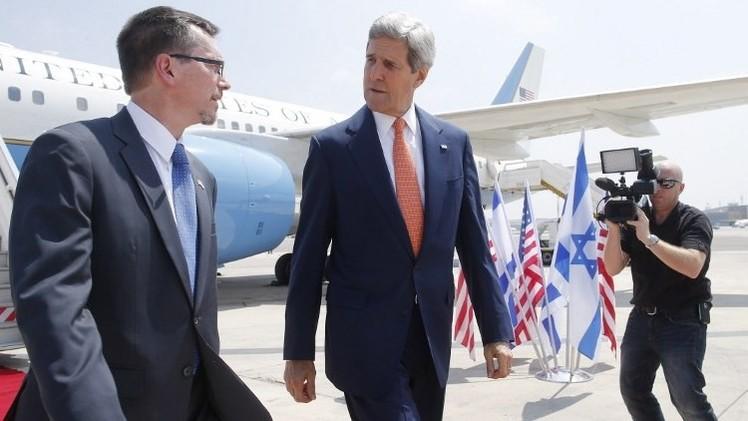 كيري يعلن من إسرائيل تحقيق تقدم في جهود وقف القتال بغزة