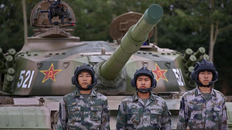 دبابات صينية تصل إلى ضواحي موسكو  (فيديو)