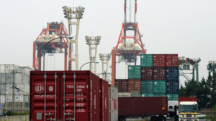 اليابان..عجز تجاري وتراجع في الصادرات للشهر الثاني على التوالي