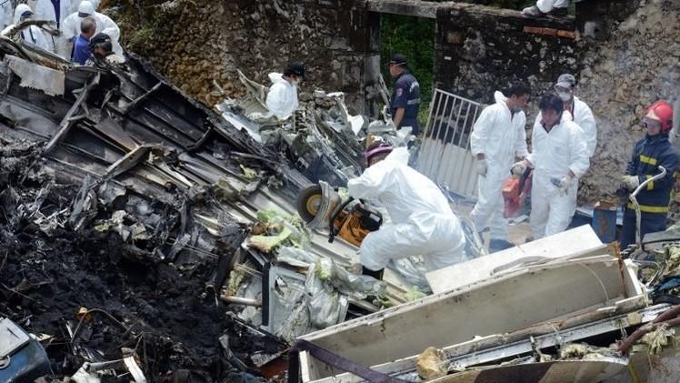 مقتل 48 شخصا وإصابة 10 في تحطم طائرة ركاب في تايوان