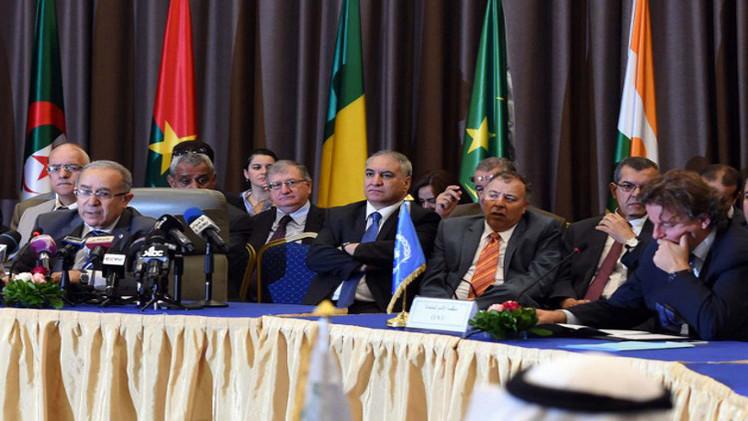 حكومة مالي توقع اتفاقا لإنهاء العنف مع المجموعات المسلحة