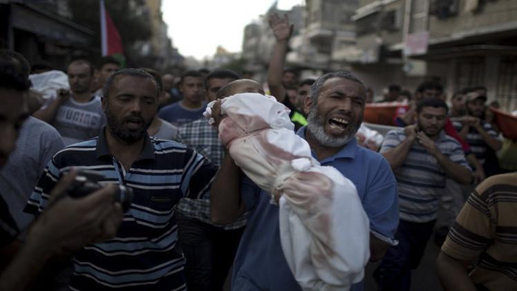 الاتحاد الأوروبي يدعو إلى فتح تحقيق سريع بقصف مدرسة الأونروا في غزة