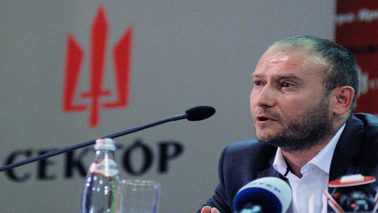 بعد اصدار مذكرة بحث دولية بحقه.. كييف ترفض تسليم المتطرف ياروش لموسكو