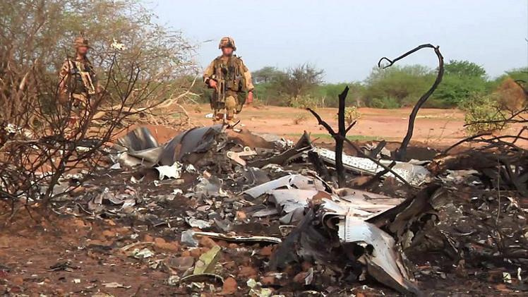 مقتل 10 فرنسيين من أسرة واحدة كانوا على الطائرة الجزائرية المنكوبة