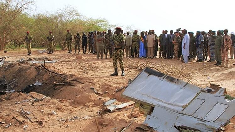 بدء انتشال جثث الضحايا في مكان تحطم الطائرة الجزائرية في مالي