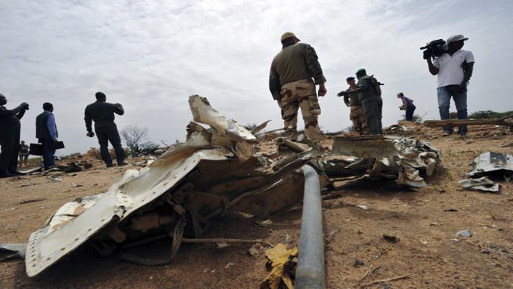 العثور على الصندوق الأسود الثاني للطائرة الجزائرية المحطمة (فيديو)