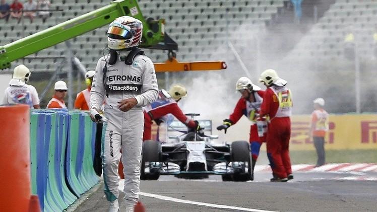 النيران تحرم هاميلتون الانطلاق أولا في سباق المجر للفورملا-1