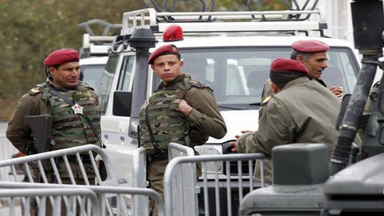 مقتل جنديين تونسيين في تبادل لإطلاق النار مع مسلحين شمال البلاد