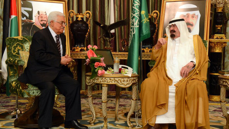 الرئيس الفلسطيني والعاهل السعودي يبحثان الوضع في غزة