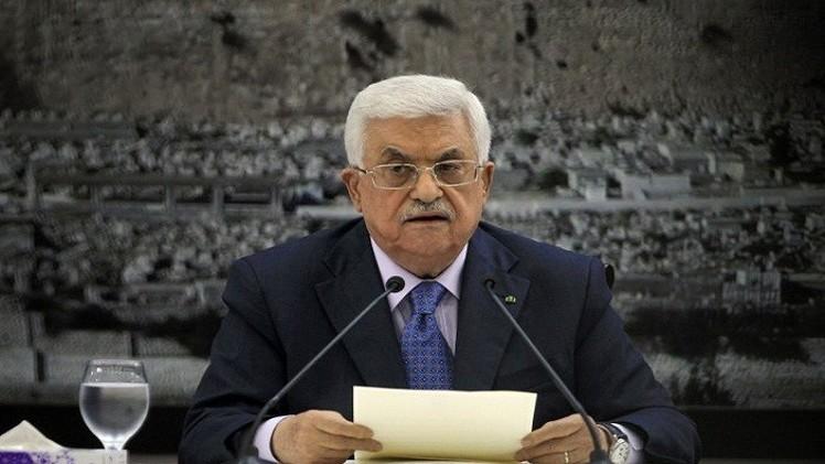 عباس يتوجه للقاهرة لبحث وقف هجوم إسرائيل