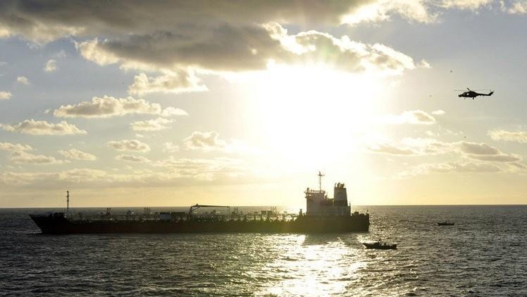 قراصنة يخطفون ناقلة نفط سنغافورية قبالة سواحل غانا