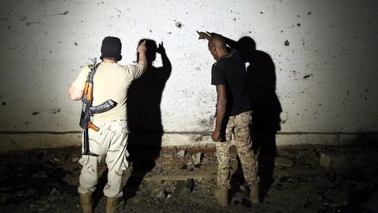 مقتل 30 شخصا في اشتباكات عنيفة بين القوات الحكومية وميليشيات في بنغازي
