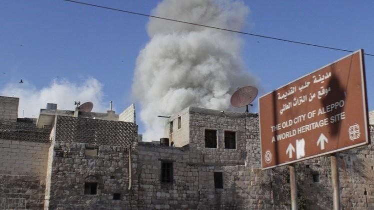 قتلى وجرحى في تفجيرات تستهدف قيادة الشرطة في حلب القديمة