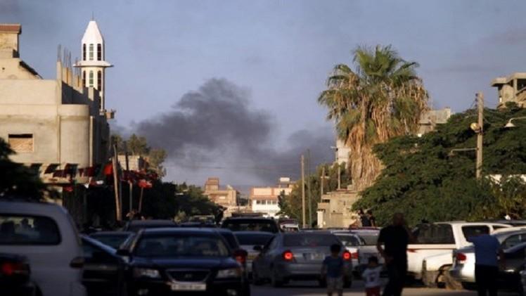 العثور على 75 جثة معظمها لجنود في بنغازي بعد يومين من الاشتباكات