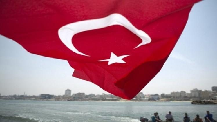 تركيا... تمديد سجن ضباط في قضية التجسس على أردوغان