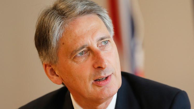 هاموند: بريطانيا ستدفع ثمنا اقتصاديا جراء فرض العقوبات على روسيا