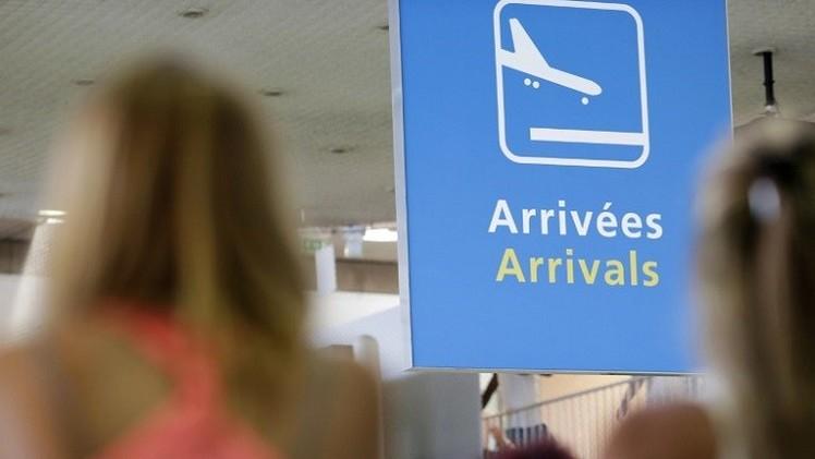 فرنسا تغلق سفارتها في ليبيا مؤقتا وتجلي مواطنيها (فيديو)
