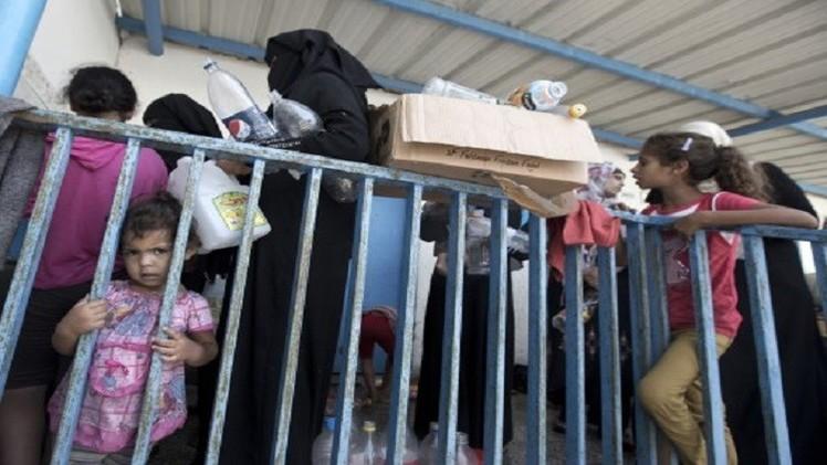 تقرير أممي: 220 ألف نازح في 86 مدرسة للأونروا بغزة