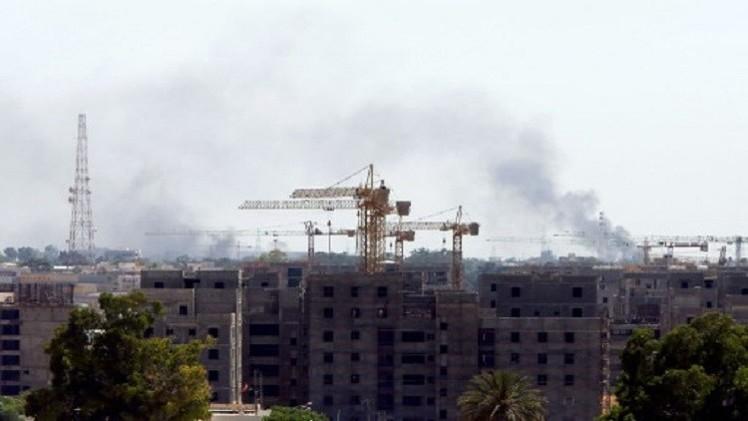 الصين تجلي مئات من عمالها من ليبيا