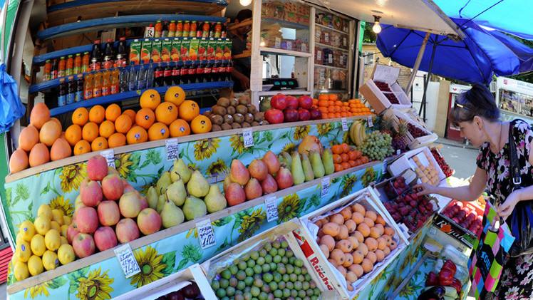 روسيا قد تعلق استيراد الخضروات والفواكه من اليونان
