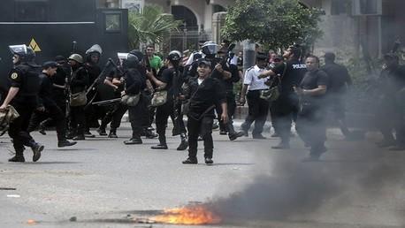 الأمن المصري يفرق تظاهرات لأنصار المعزول محمد مرسي