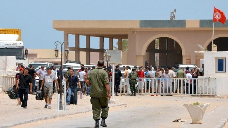 تونس ترحب بالليبيين شرط عدم ممارسة