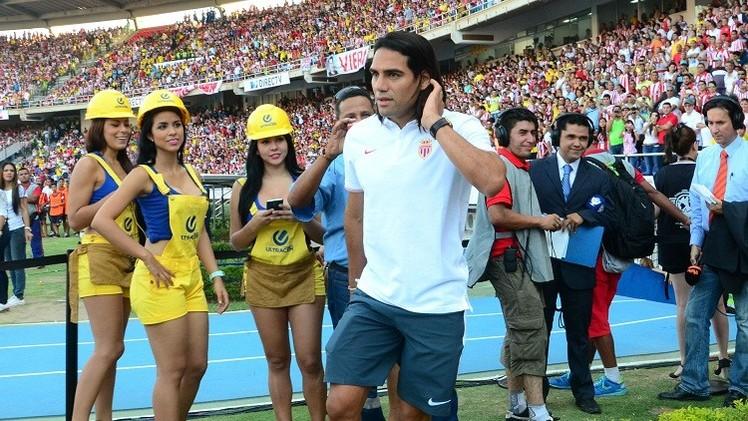 فالكاو يعود إلى الملاعب من بوابة كأس الإمارات
