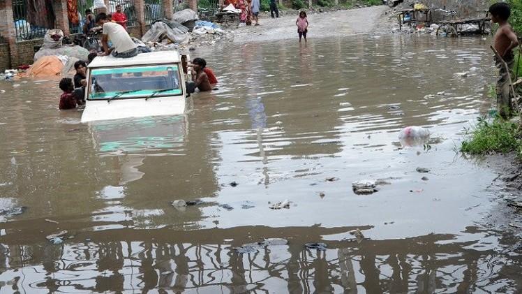 مقتل 8 أشخاص بانهيار أرضي في نيبال