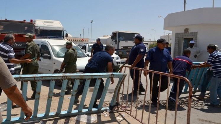 تونس تفتح معبر رأس جدير مع ليبيا مجددا ومصر تتعهد بإجلاء رعاياها العالقين