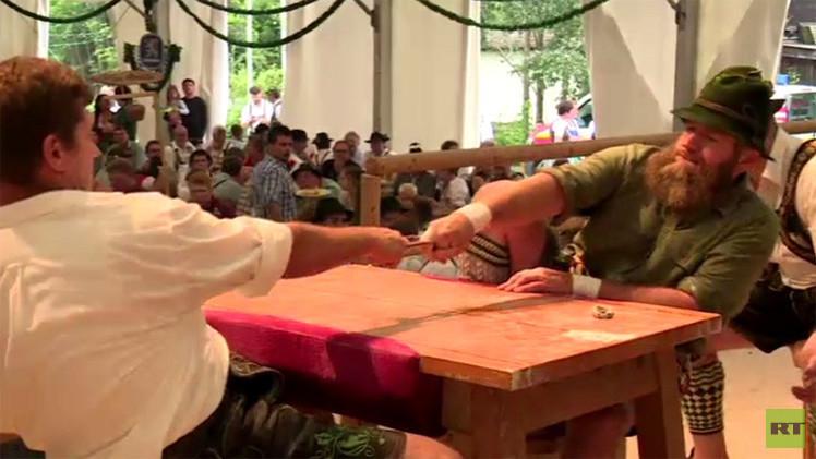 بالفيديو.. انطلاق مصارعة الإصبع الوسطى في مدينة غارميش - بارتين كيرشن بألمانيا