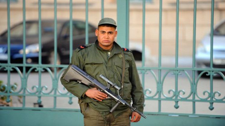 إصابة جندي تونسي في  اشتباكات مع مسلحين بالقصرين