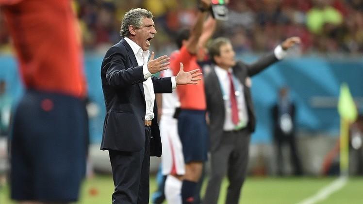 ايقاف مدرب منتخب اليونان السابق لإساءته لحكم في مونديال 2014