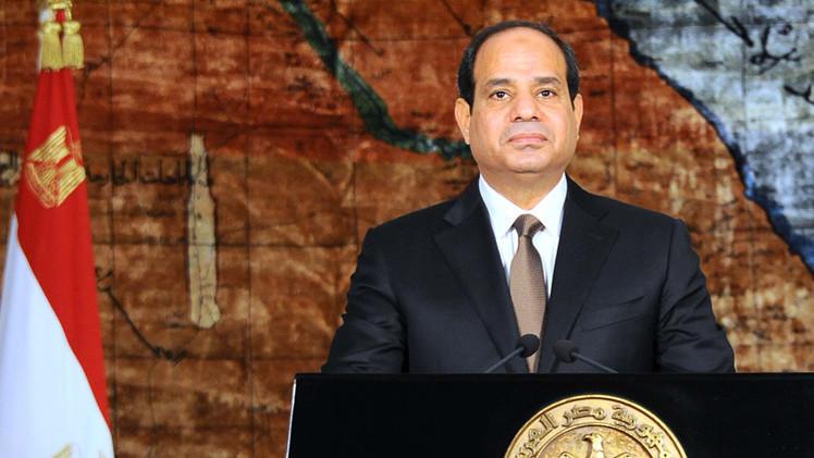 الرئيس المصري يدشن مشروع حفر قناة سويس جديدة بكلفة 8.39 مليار دولار (فيديو)