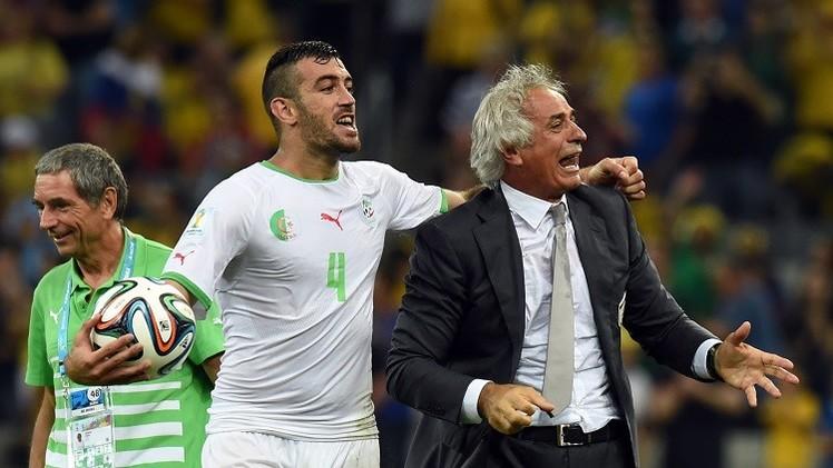 الجزائري بلكالام إلى طرابزون سبور التركي